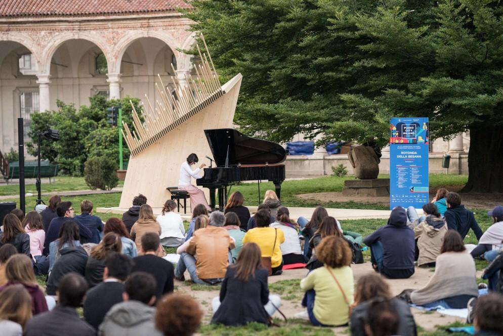 pianocity-milano-2019-living-corriere-MAFAU_PIANOCITY_ALBA_BESANA_2017