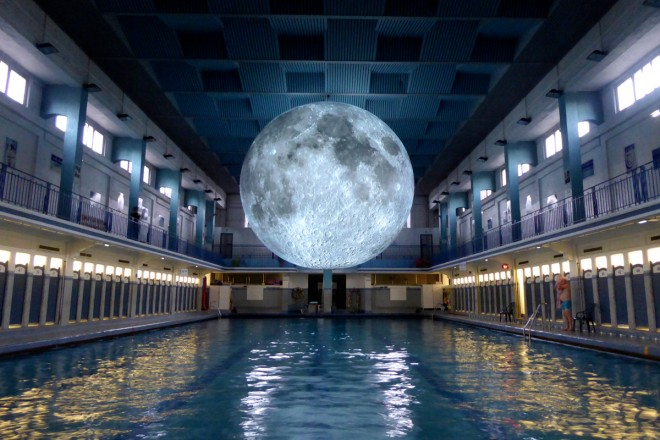 _Museum of the Moon by Luke Jerram. Les Tombees de la nuit, Rennes, 2017