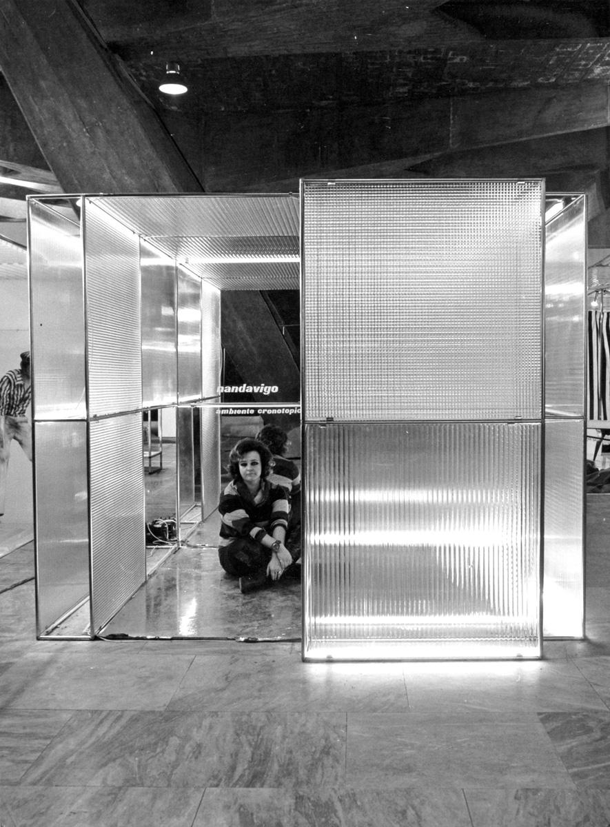 1968_Ambiente Cronotopico, Eurodomus, Torino, foto di Ugo Mulas