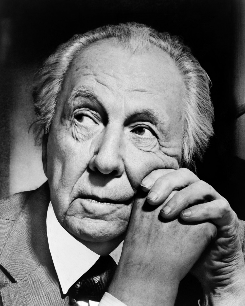 A-portrait-of-famed-architect-Frank-Lloyd-Wright,-New-York,-New-York,-1954.-(Photo-by-Al-Ravenna_Underwood-Archives_Getty-Images)