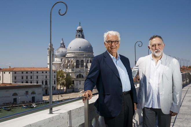 Hashim Sarkis, Paolo Baratta_Photo by Jacopo Salvi, Courtesy La Biennale di Venezia_10I9086 low