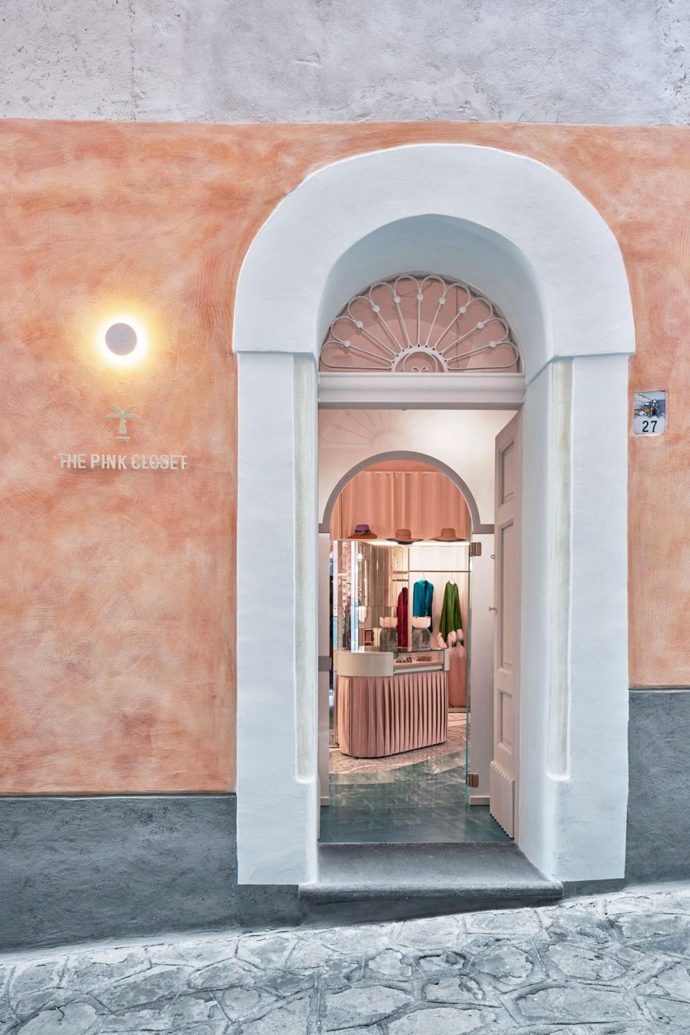The-Pink-Closet-4-livingcorriere