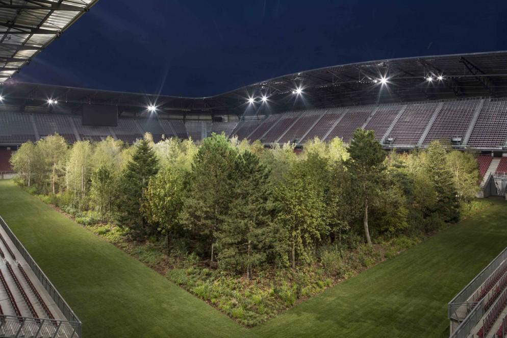 Klaus Littmann, FOR FOREST - The Unending Attraction of Nature, Wörthersee Stadium Klagenfurt, © Gerhard Maurer (9)