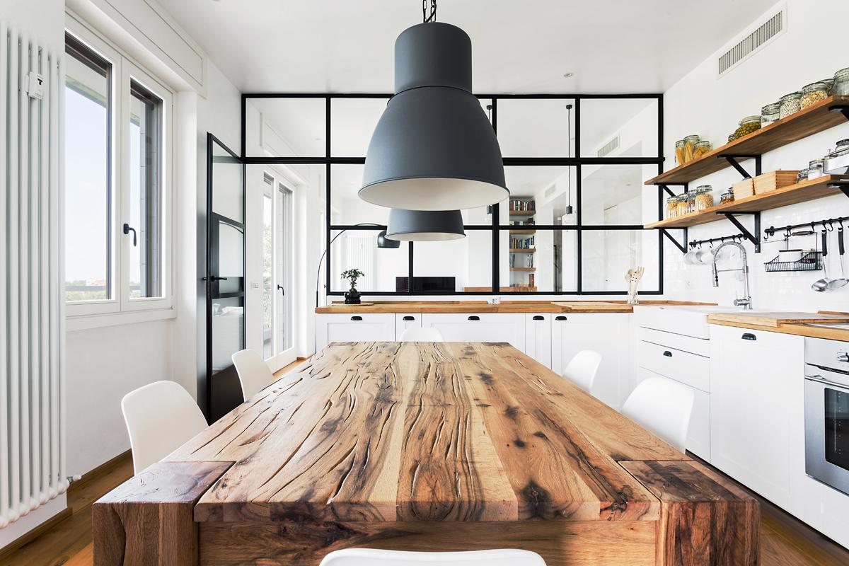Cucina Con Vetrata Scorrevole pareti di vetro: come dividere le stanze di casa con trasparenza