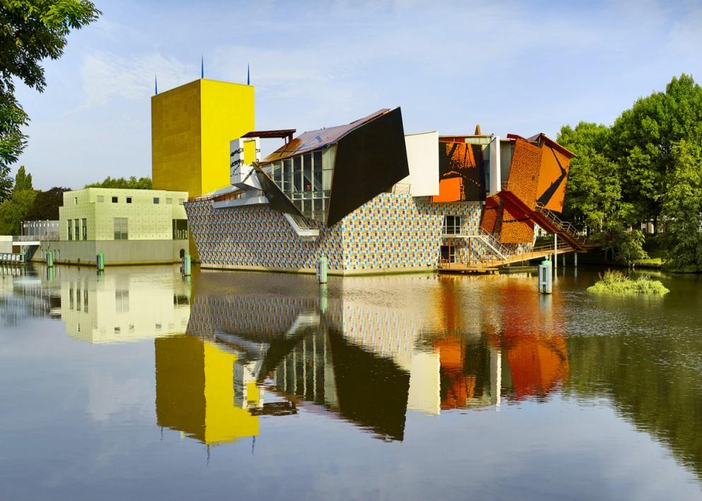 2b. Groninger Museum