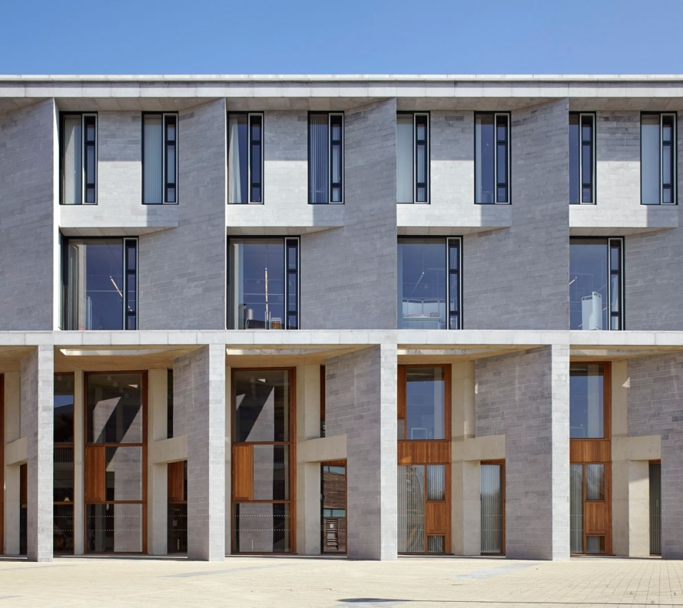 Medical School_ Limerick Unversity_ West Facade_Limestone ©Grafton
