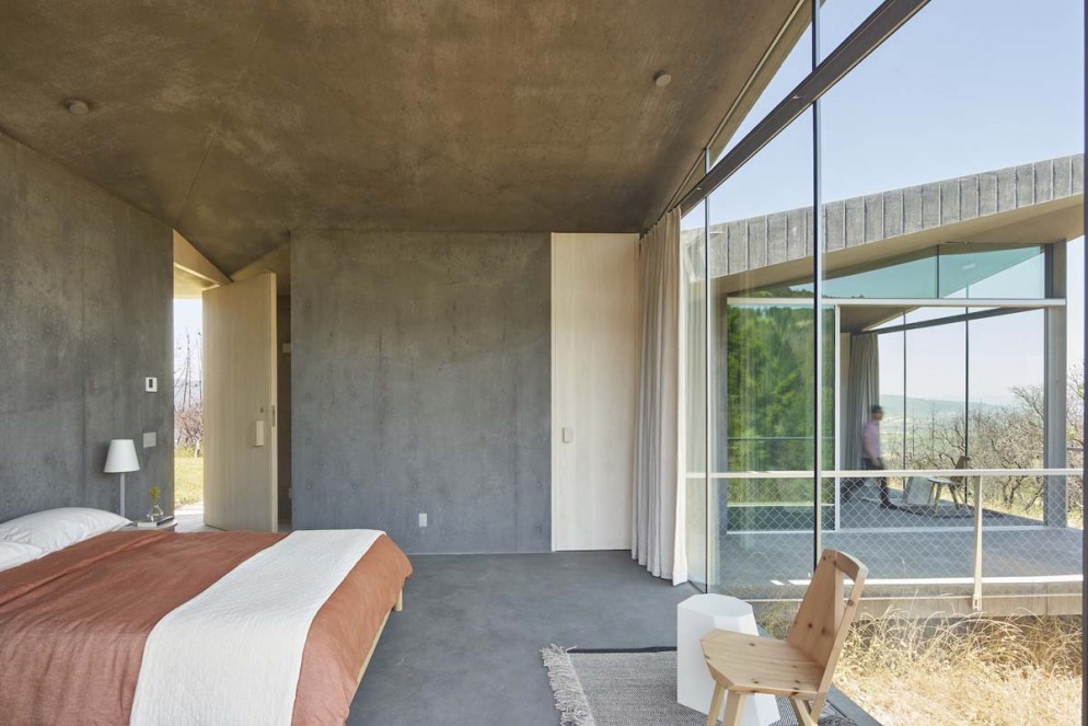 Mork-Ulnes Architects - Sonoma Guesthouse - PH 43 - photo by Bruce Damonte_LR 1600px