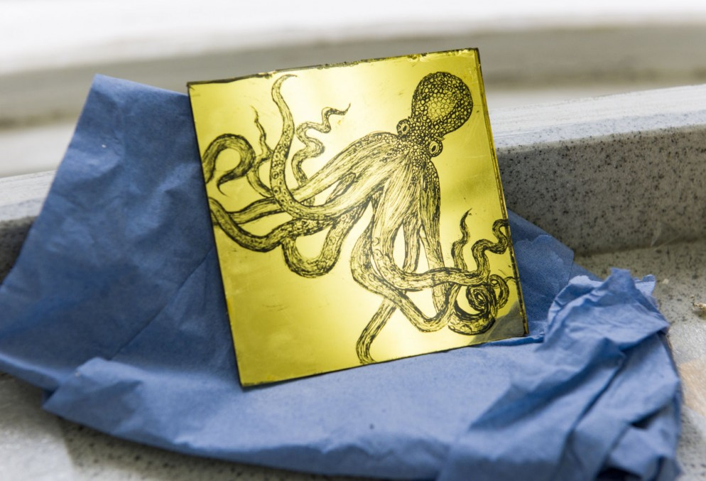gilding_and_verre_eglomise_-city-guilds-of-london-art-schoo-jpg-7844.jpeg-small