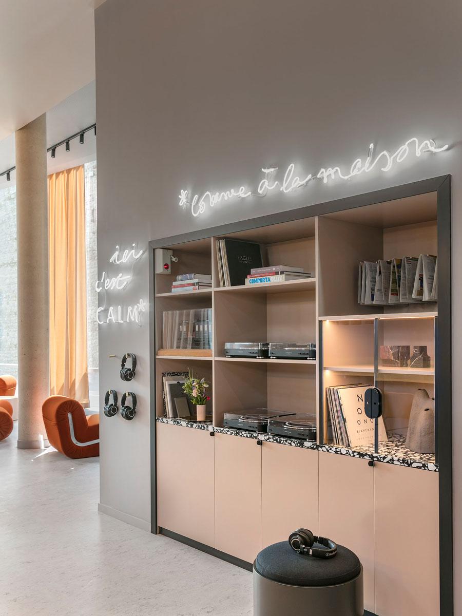 okko-hotel-parigi-studiopepe-living-corriere-5