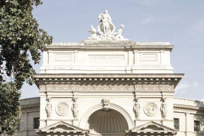 Piazza Manfredo Fanti, Roma, Lazio, Italia