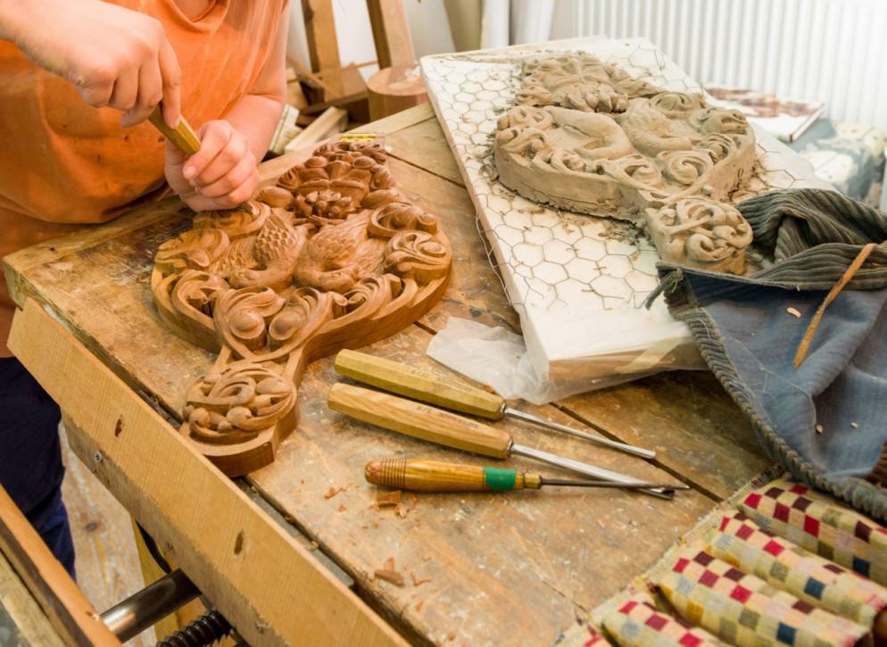 ornamental_woodcarving_-city-guilds-of-london-art-school-jpg-9489.jpeg-small