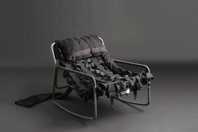 layer-raeburn-paracadute-sedie-design_livingcorriere