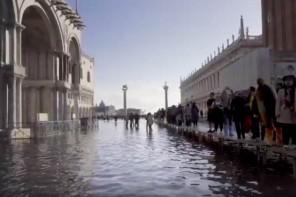 L'aqua alta di Venezia in un film di Beka & Lemoine