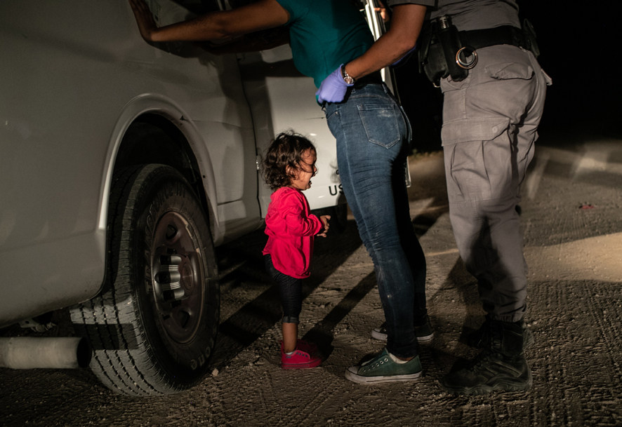1 Crying Girl on the border John Moore, Getty Images