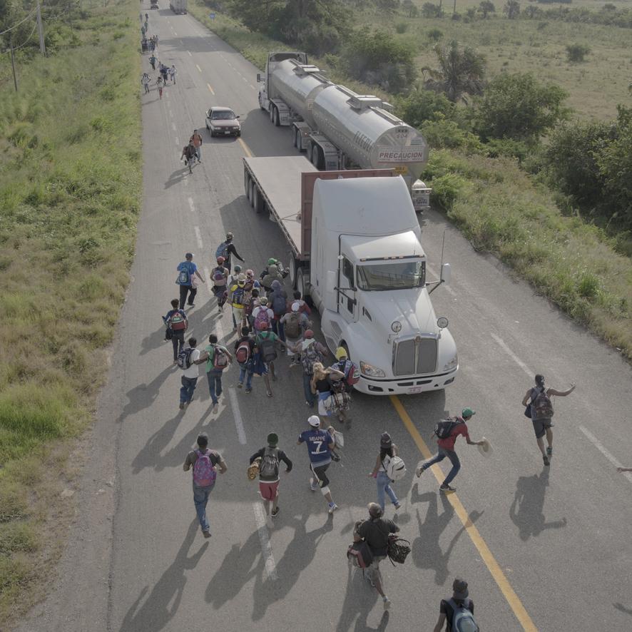 8, The Migrant Caravan, Pieter Ten Hoopen, Agence Vu Civilian Act