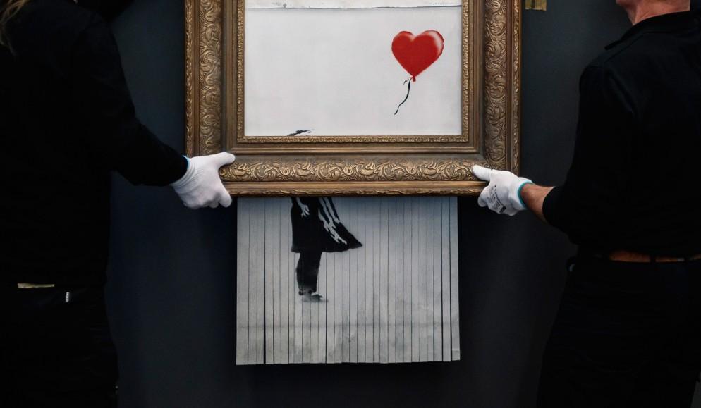 banksy-opere-love-in-the-bin