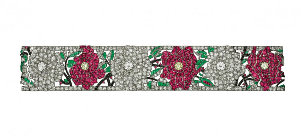 Red and white roses bracelet, 1924. Van Cleef & Arpels Collection