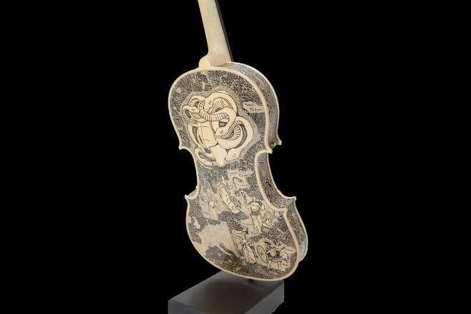 006_medusaleonardo-frigo-violino-livingcorriere-