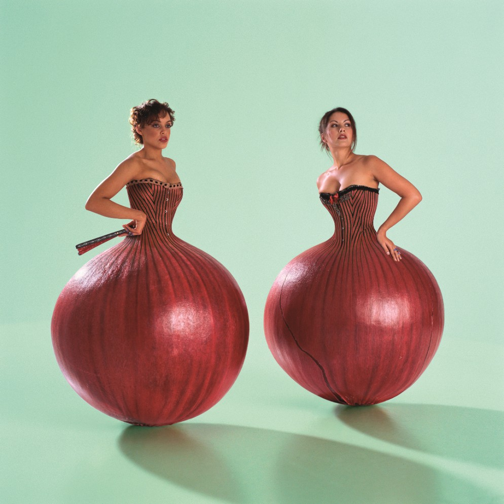 Umphrey's-Mc-Gee-onion-lady-2007