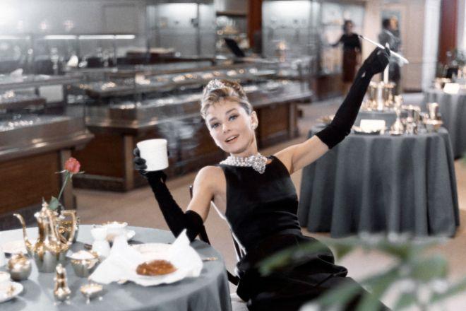 colazione-da-tiffany-Photo-by-Donaldson-Collection_Michael-Ochs-Archives_Getty-Images