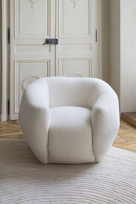 galleria The Invisible Collection Pierre Yovanovitch Asymetrie Armchair