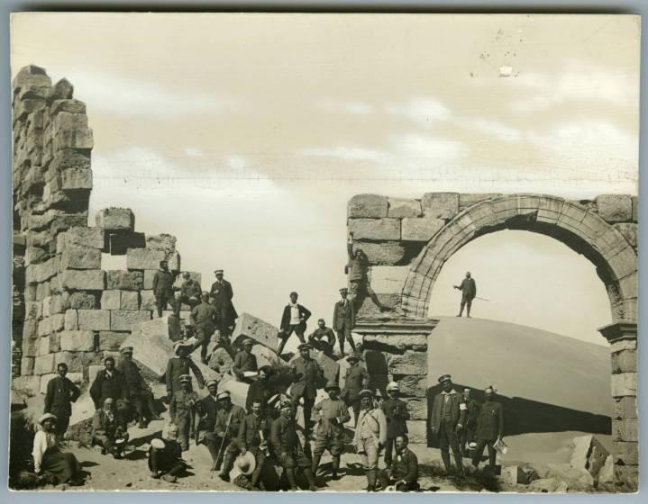 soci_tci_a_leptis_magna_1914