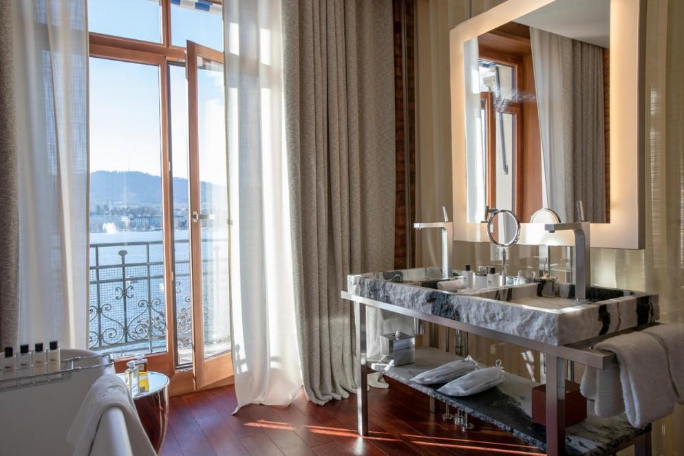LA RESERVE EDEN AU LAC_ZURICH_2020_Lake view room_©GREGOIRE GARDETTE