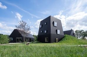 In Olanda, la villa che sembra una fattoria