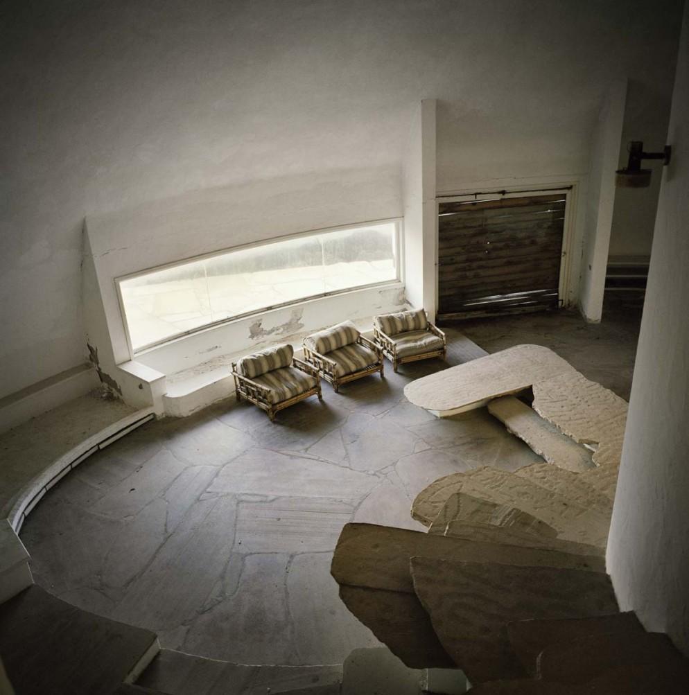 mostra-houses-for-superstars-villa-noailles-dante-bini-vitti-antonioni-foto-francois-halard-06