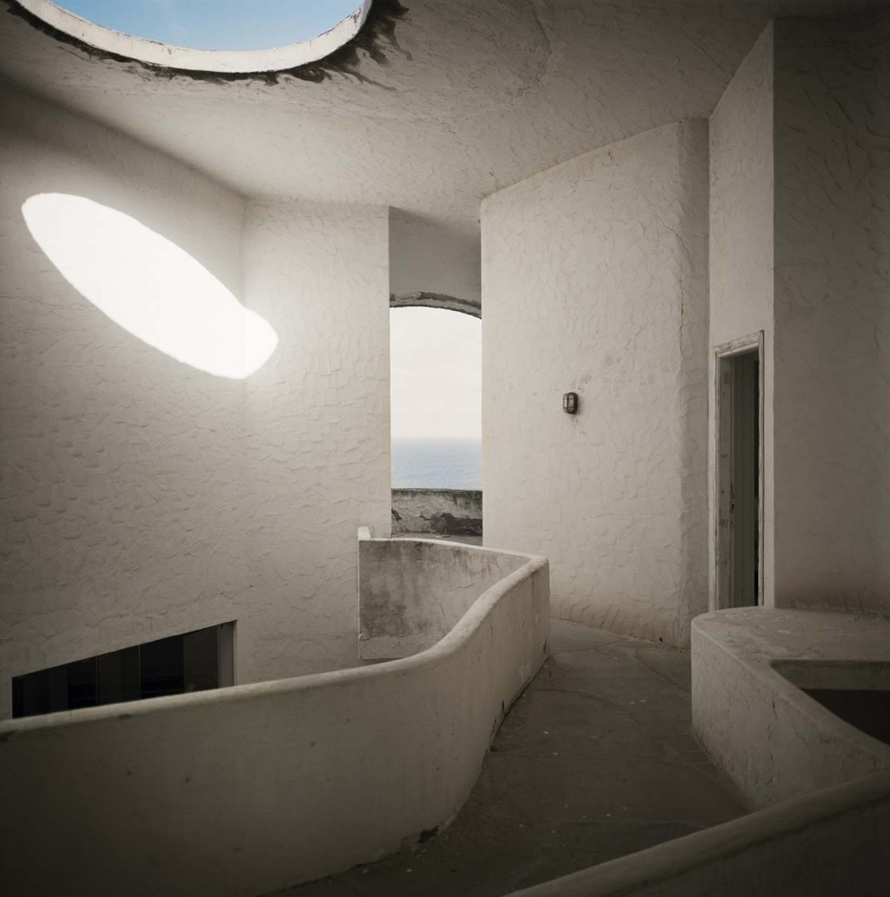 mostra-houses-for-superstars-villa-noailles-dante-bini-vitti-antonioni-foto-francois-halard-07