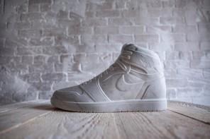Come Michelangelo, ma scolpisce le Nike