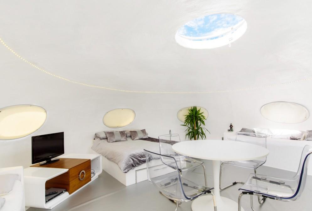06_Airbnb_CasaUFO