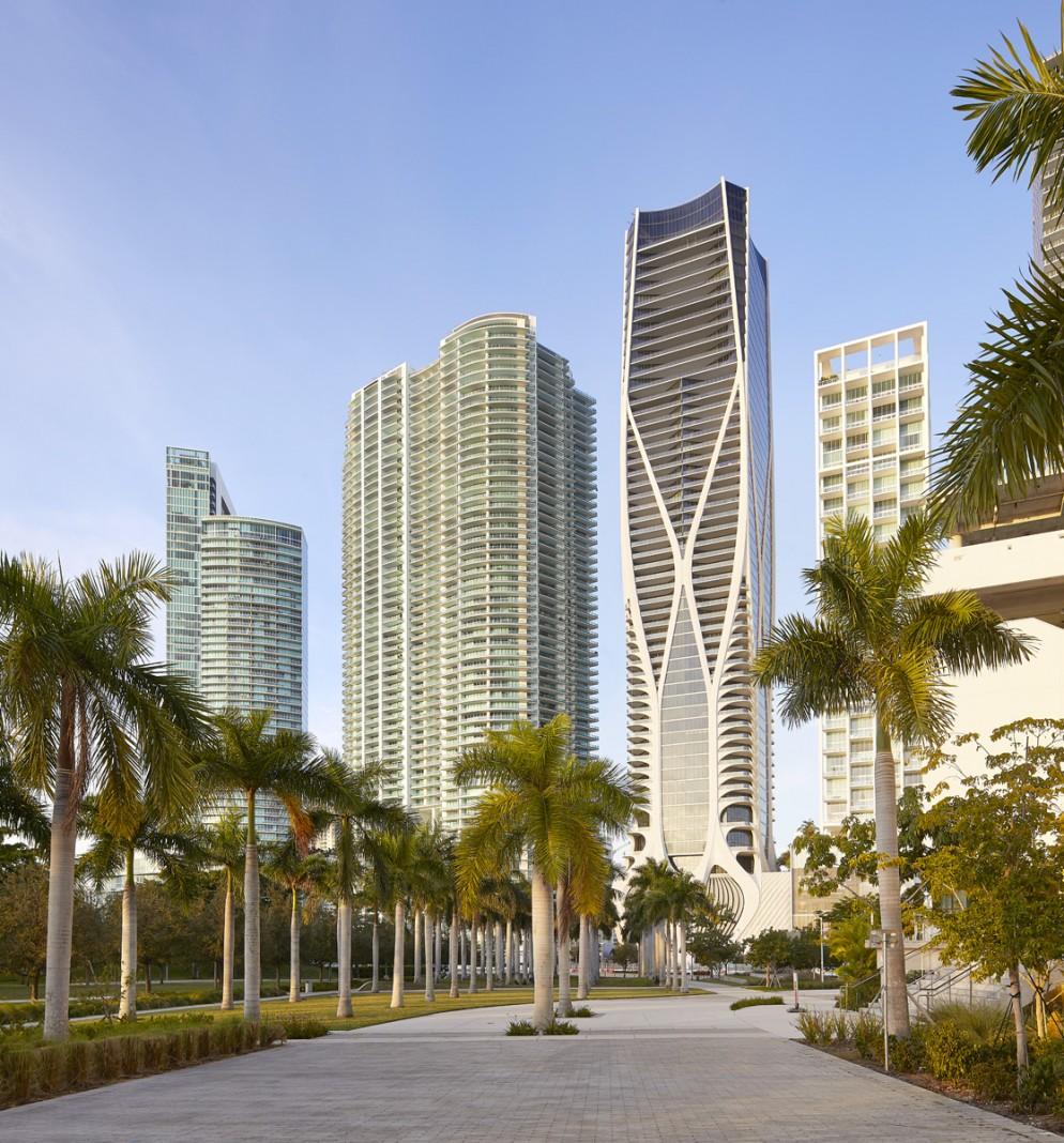 11_ZHA_One Thousand Museum_Miami_©Hufton+Crow