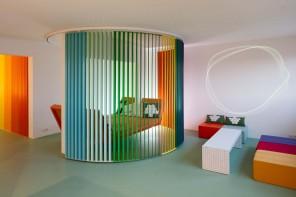 Matali Crasset e la casa-arcobaleno: «Il colore è vita»