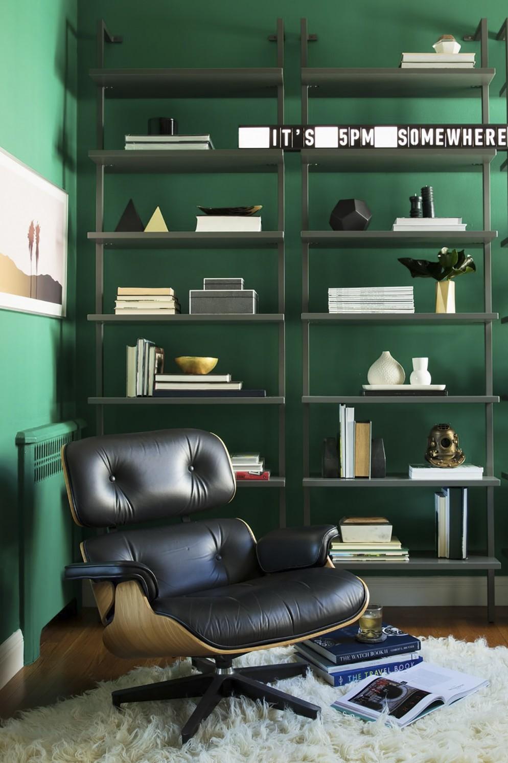 parete-verde-soggiorno-3. ph Thomas Kuoh