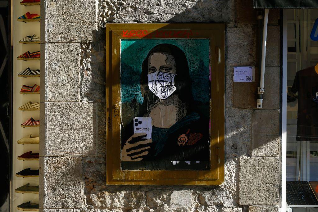 Il Coronavirus visto dagli street artist in giro per il mondo - Foto