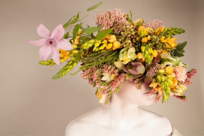 apbio_floral_design_nyc_head_piece_sculpture