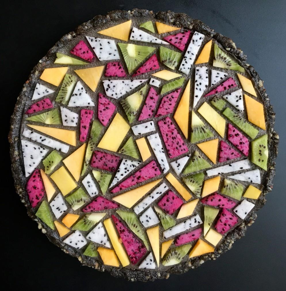 lauren-ko-torte-design-001_Black sesame tangram tart