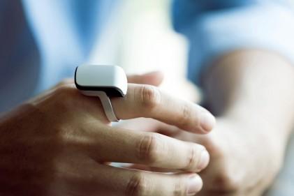 smartring-anello-telefono-connesso-allo-smartphone-10