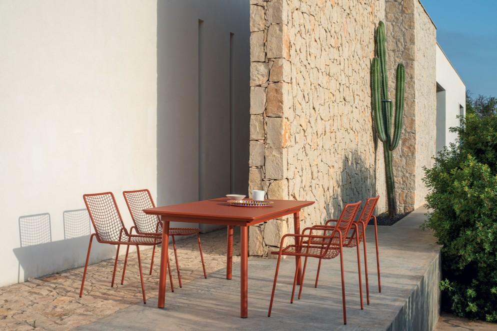 Emu-1_RioR50_chair+armchair
