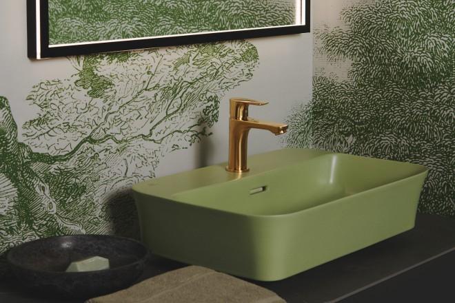 Lavabo Ipalyss da appoggio su piano con foro rubinetteria + Rubinetteria Connect Air monocomando lavabo Brushed gold + Specchio quadrato con cornice esterna3 copia