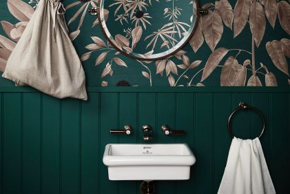 bagno-piccolo-colore-Anna+Glover+Wallpaper+for+Drumonds+Bathrooms