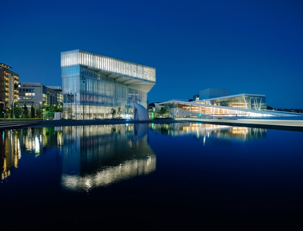 central-library-oslo-living-corriere