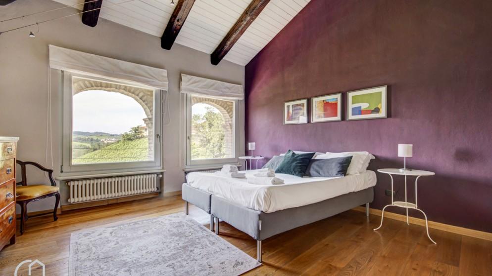 4. Una villa a Castiglione Falletto (CN) prenotabile sul portale italianway.house _ Cavour 16