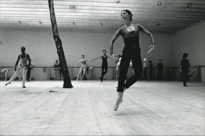 danza1_f_musica_57_accademia_internazionale_della_danza_foto_capellini_foto_mark_smith_1975