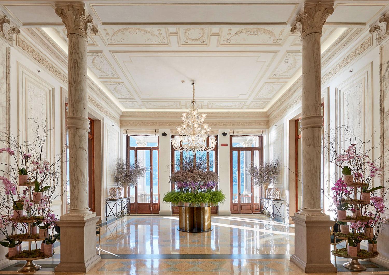 lake-como-hotel-lobby-01