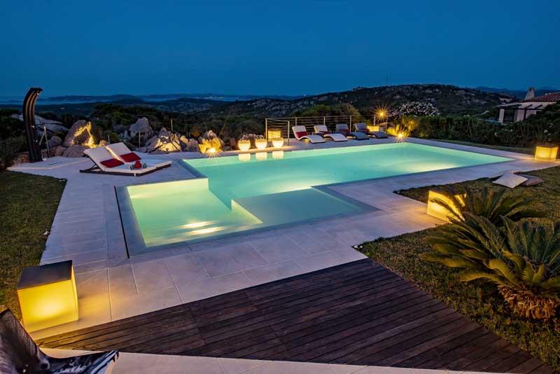 piscine da giardino castiglione Arzachena notte