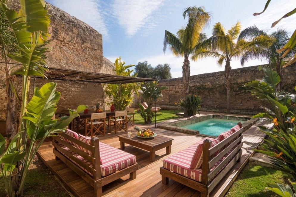 torre-coccaro-2 bedroom villa orange garden (2)