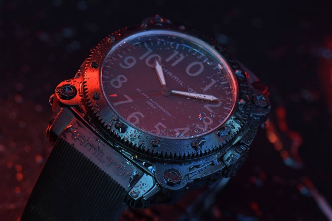 Hamilton Belowzero Titanium Limited Edition Red_H78505332_Lifestyle 1