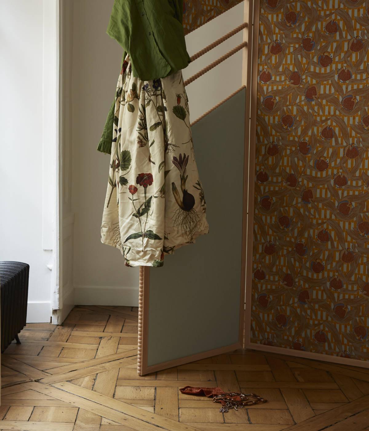 Paravent Ombrage - collection Interieur aux aubergines par Cristina Celestino pour Maison Matisse © Alice Cuvelier